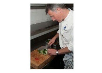 Michelinster-chef bereid menu met insecten